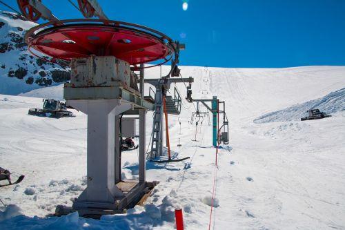 ski lift t-bar lift
