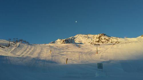 ski run ski area skiing