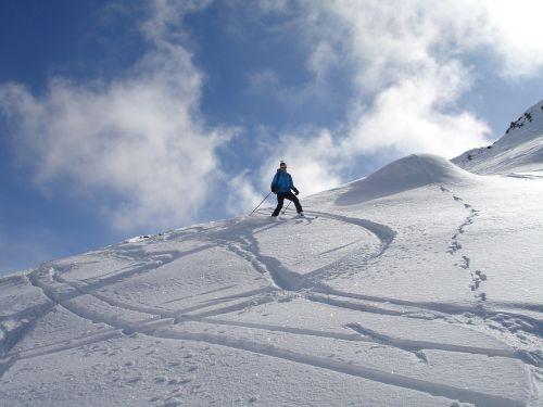backcountry skiiing departure ski touring