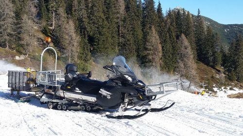 skidoo snow moped