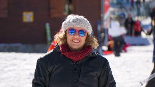 skier girl la molina