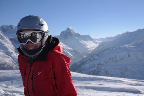 skier skiing ski run