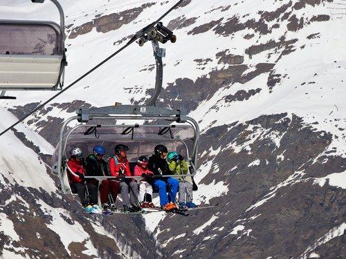 skiers  snow  winter