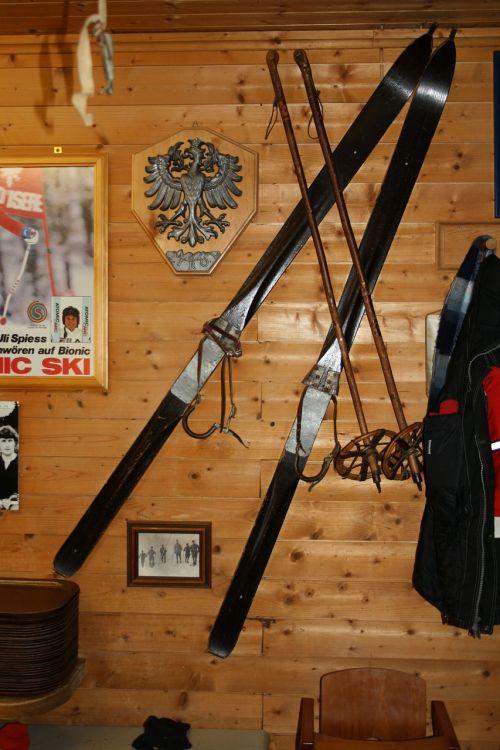 skiing antiquity café