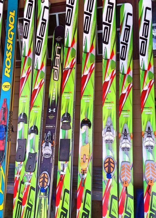 skis sport winter