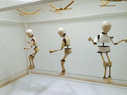skull robot doll