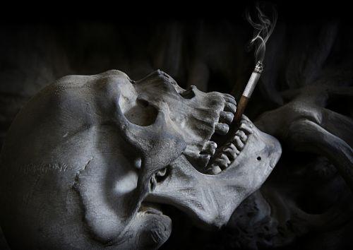 skull cigarette death