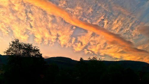 sky color clouds