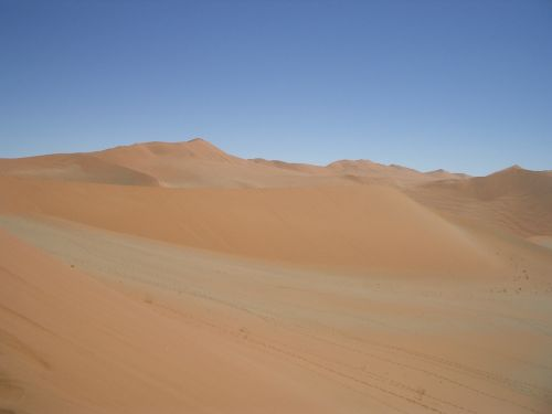 sky desert loneliness