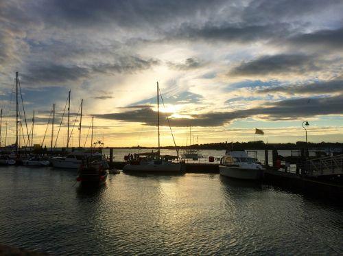 sky yacht ocean