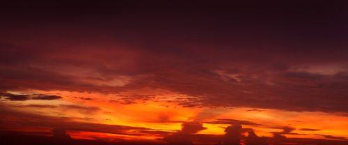 sky brilliant dusk