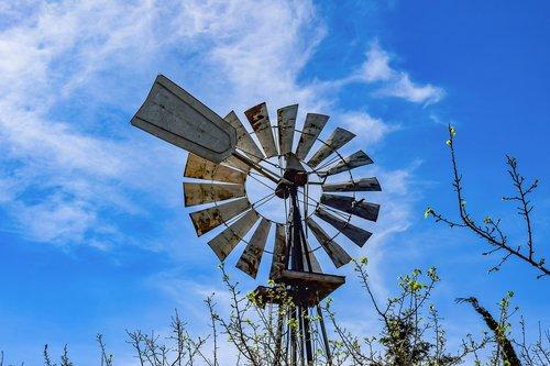 sky  wheel  turning