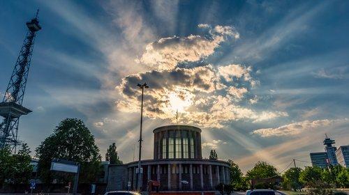 sky  clouds  sunbeam