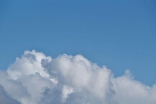 sky cloudscape white