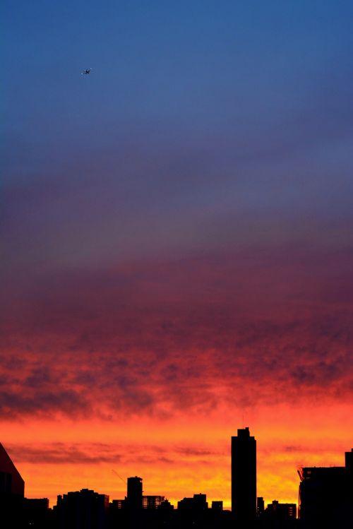 sky sunset city