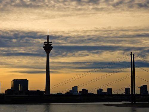 skyline düsseldorf tv tower