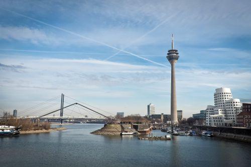 skyline düsseldorf rhine