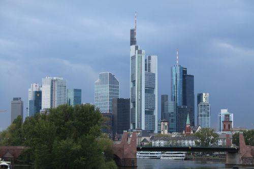 skyline frankfurt mainhattan