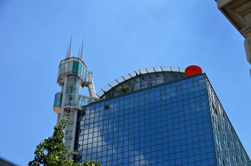 skyscraper elevator city