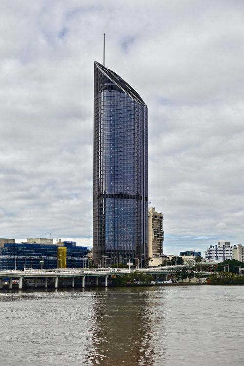 skyscraper tower brisbane
