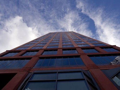 dangoraižis,langas,priekinis langas,dangus,mėlynas,architektūra,miestas,debesys,aukštas