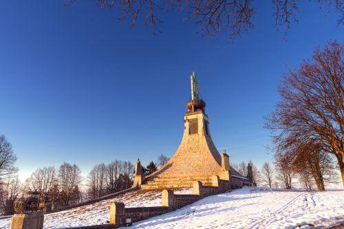 slavkov u brna the cairn of peace sunset