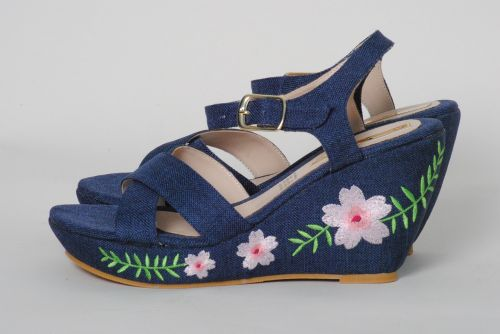 slippers flowers fashion