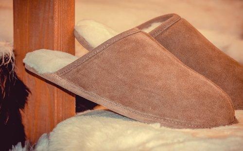 slippers  sheepskin  pair
