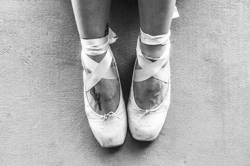 slippers  dance  women