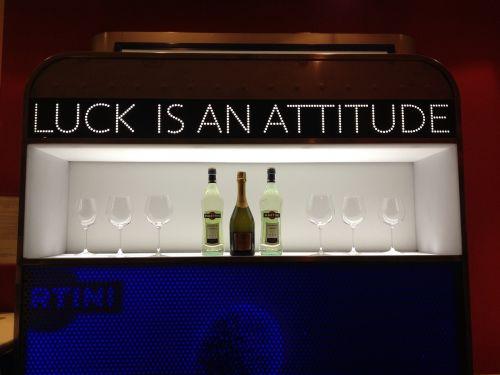 slogan bar advertisement