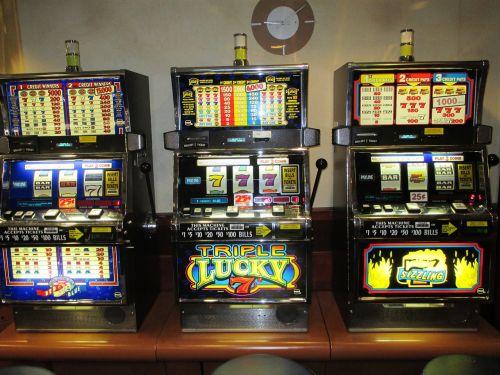 slot machines gambling casino