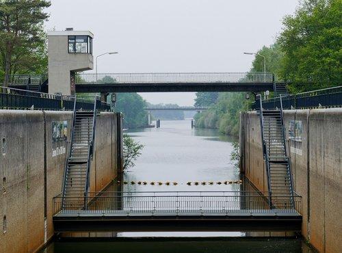 sluis  water  river