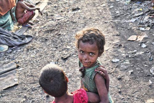 slums poor kids