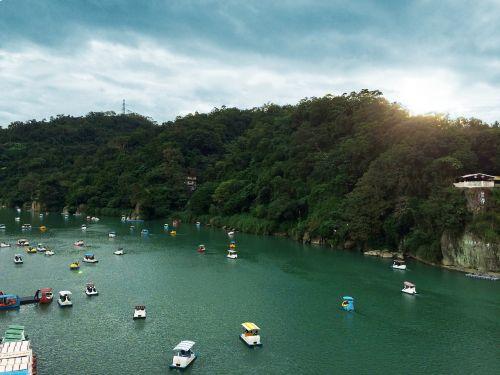 mažas bitainas,wikiproject Taivanas,taipei,kalnas,valtis,bitan,Taivanas,ežeras,laivas