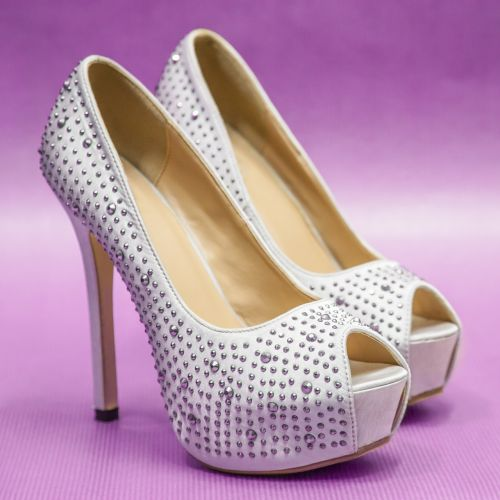 small change heels strass