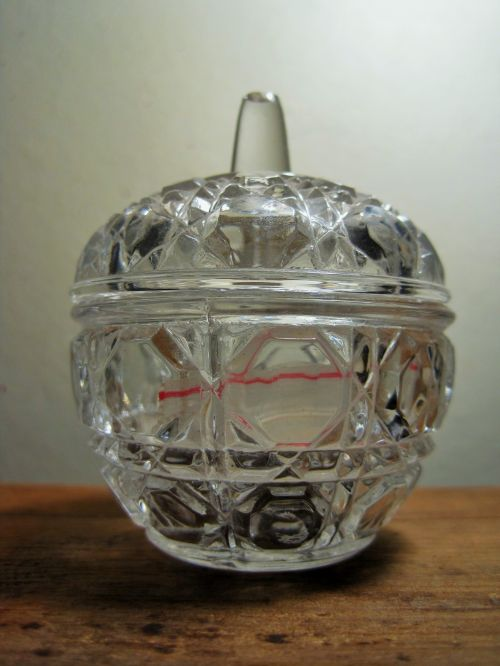 Small Dresser Bowl With Lid