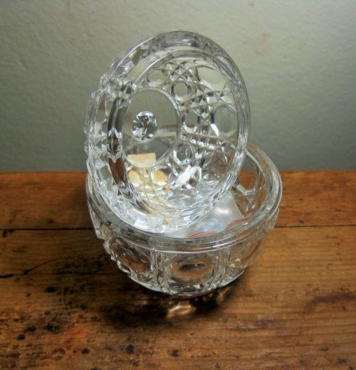Small Glass Bowl With Lid