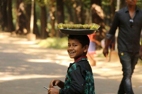 smile  child  merchant