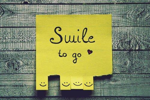 smile  list  tear off