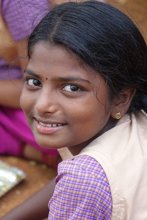 smile  innocence  girl