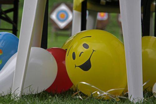 smiley balloon party