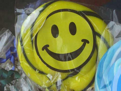 Smiley Lollipops