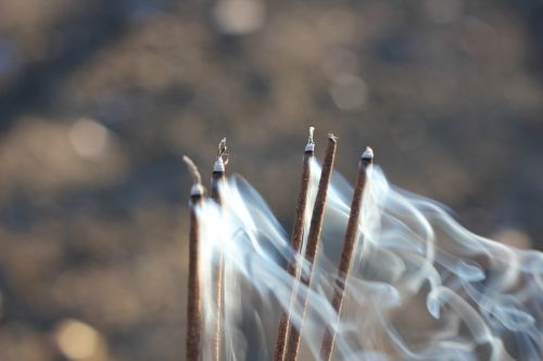 smoke blow incense