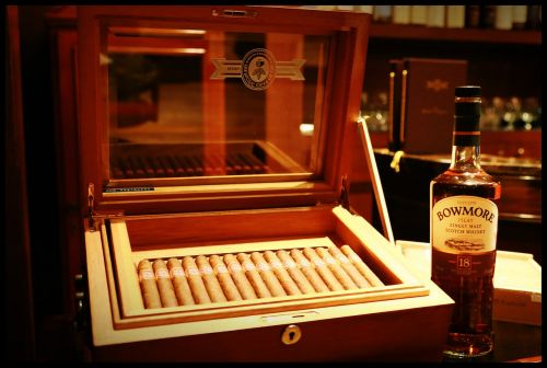 smoking cigars tobacco