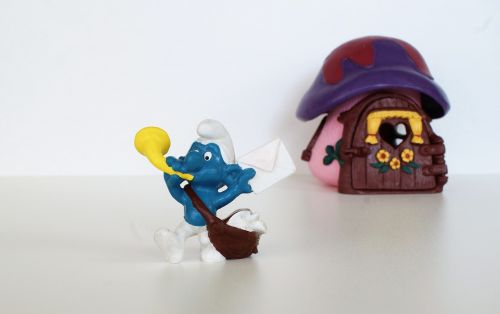 smurf,smurfs,postman schlumpf,figure,toys,decoration,collect,blue,post,letters,postman