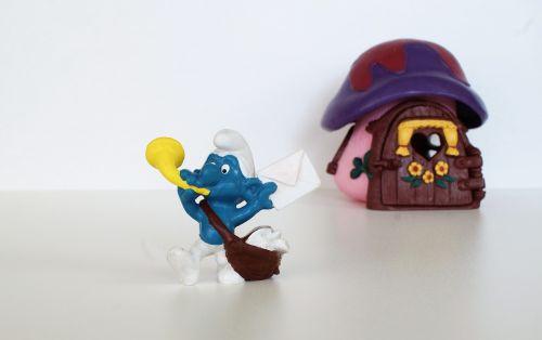 smurf smurfs postman schlumpf