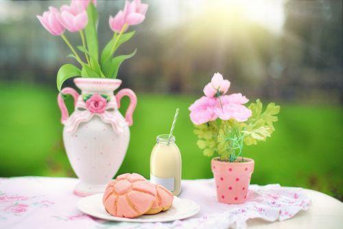 snack pastry milk
