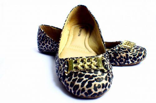 sneaker shoe female
