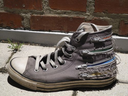 sneaker far gone old