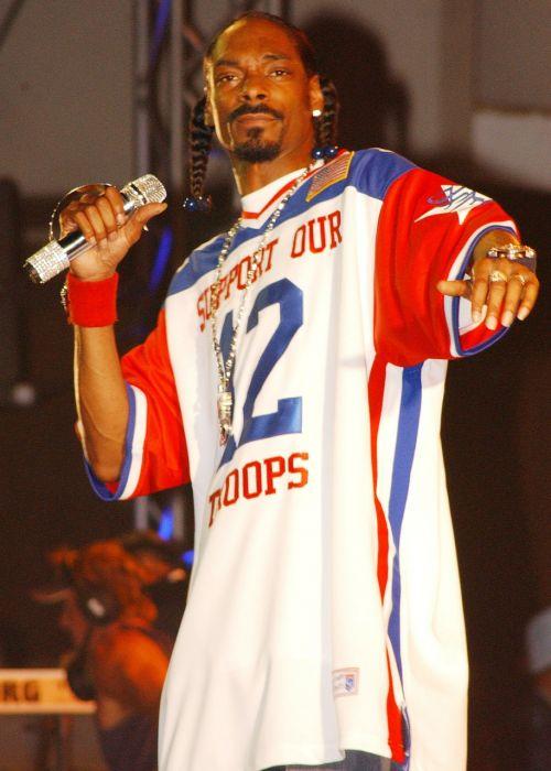 snoop dog rap singer
